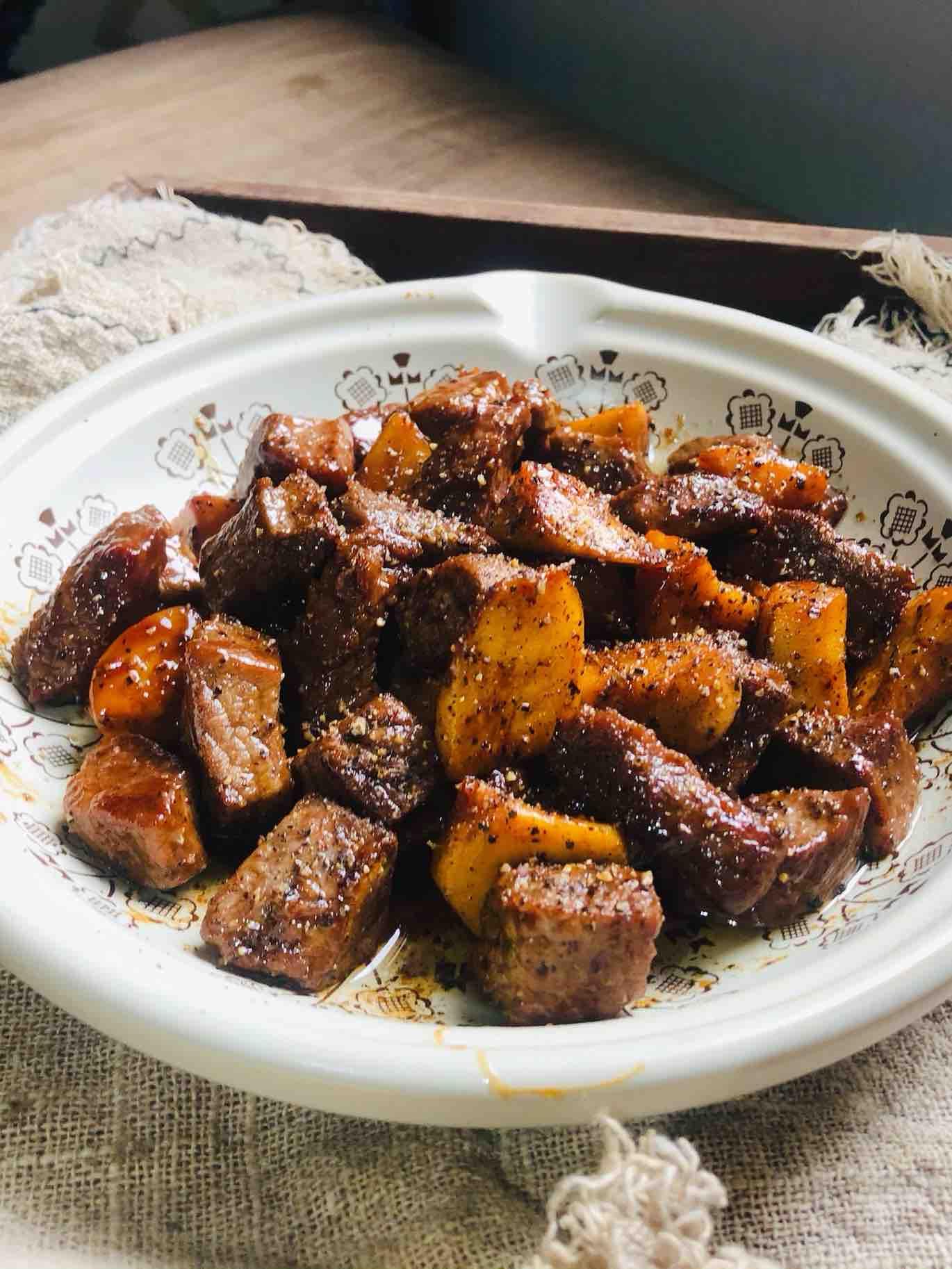简单美味的杏鲍菇牛肉粒