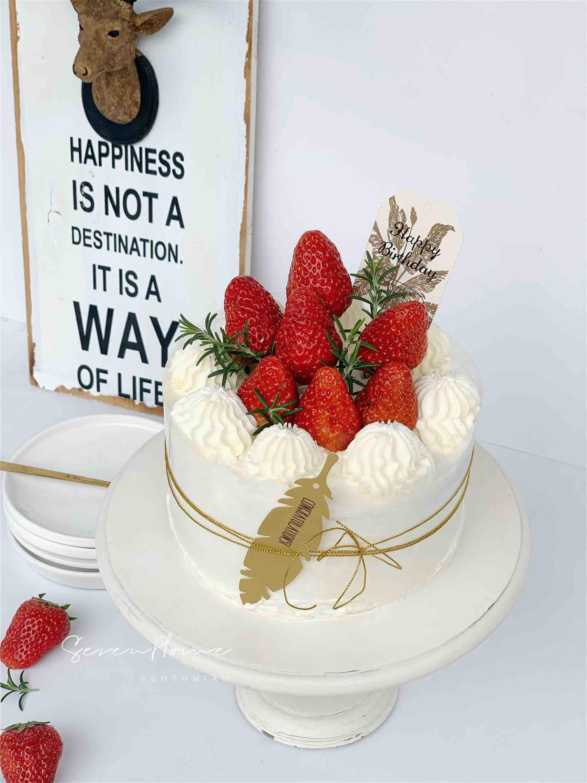 ins风|草莓奶油蛋糕