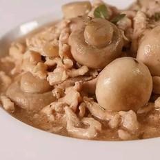 蘑菇炒鸡肉