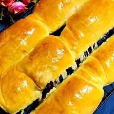酸奶豆沙面包