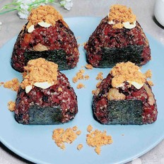 白果藜麦黑米饭团 | 谷物能量餐