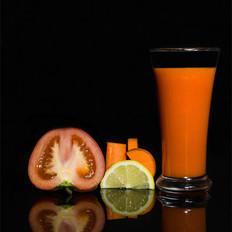 美白胡萝卜番茄柠檬汁