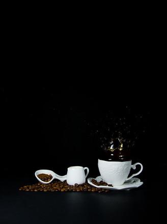 简单纯粹的美式咖啡