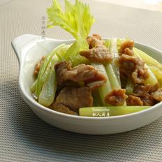 西芹炒瘦肉