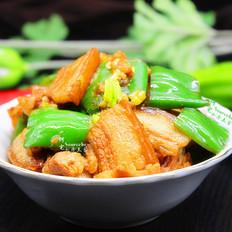 家常菜青椒炒五花肉