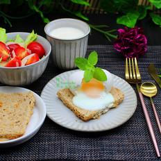 营养早餐吐司太阳蛋