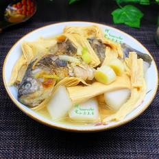 腐竹炖鲫鱼的做法大全