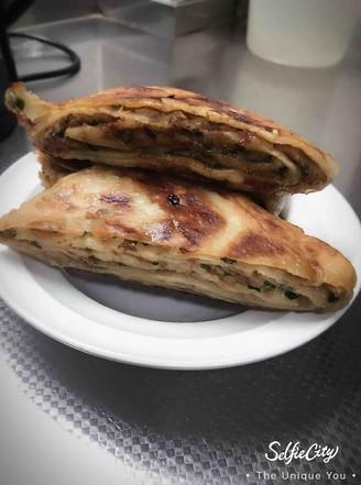 猪肉韭菜千层饼的做法