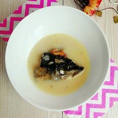 奶白鱼头汤