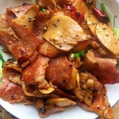 干锅杏鲍菇培根肉