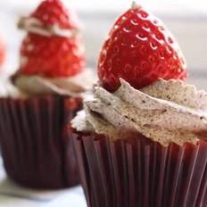 红丝绒纸杯蛋糕