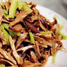青椒肉片炒笋干