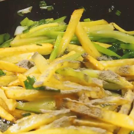 香辣土豆条怎么炒