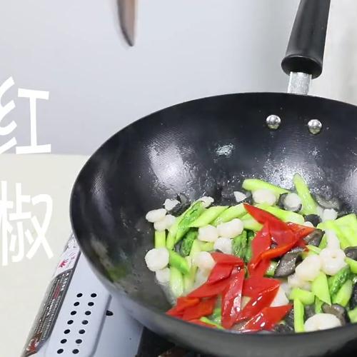 海参虾仁炒芦笋怎么炒