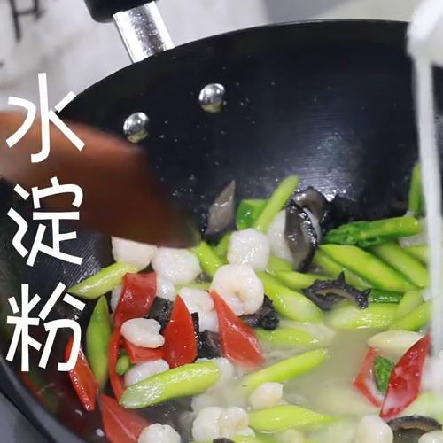 海参虾仁炒芦笋怎么煮