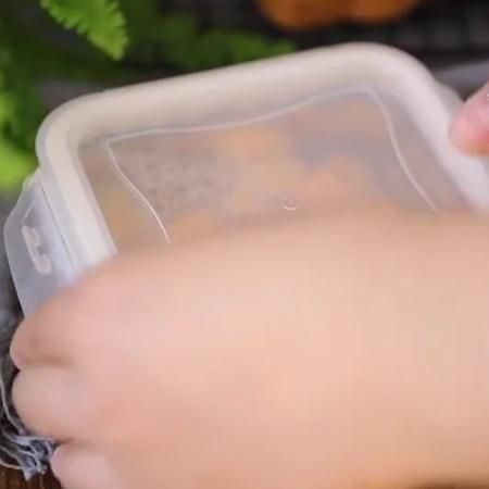 黄桃罐头+果冻怎样煮