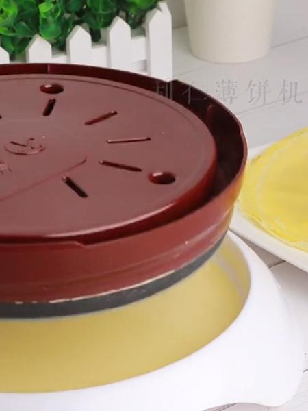 彩虹千层蛋糕怎么吃