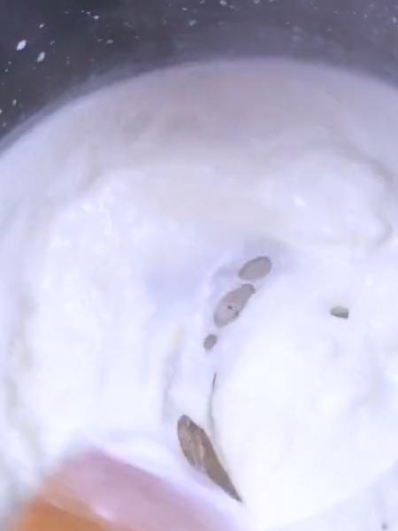 炸鲜奶的步骤