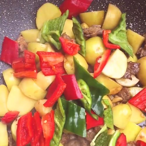 土豆牛肉怎么吃