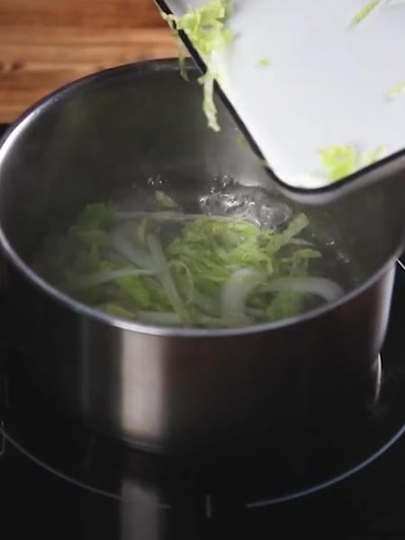 牛肉藜麦饭翡翠白玉汤的简单做法