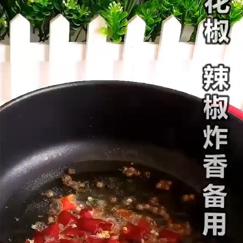 凉拌手撕卷心菜的简单做法