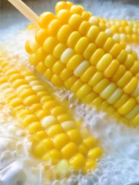 kfc玉米怎么吃