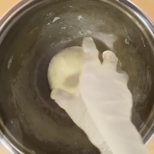 绣球紫薯蛋黄酥的做法大全