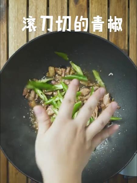 青椒香干炒肉的家常做法