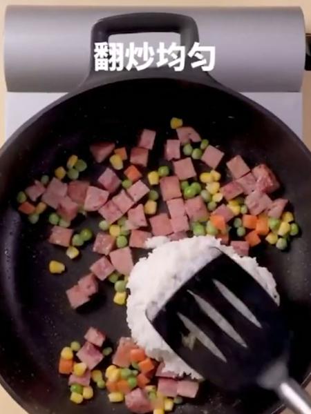 午餐肉炒饭的简单做法