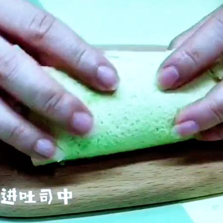 牛油果香蕉吐司卷的家常做法