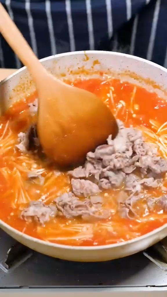 番茄肥牛金针菇的家常做法