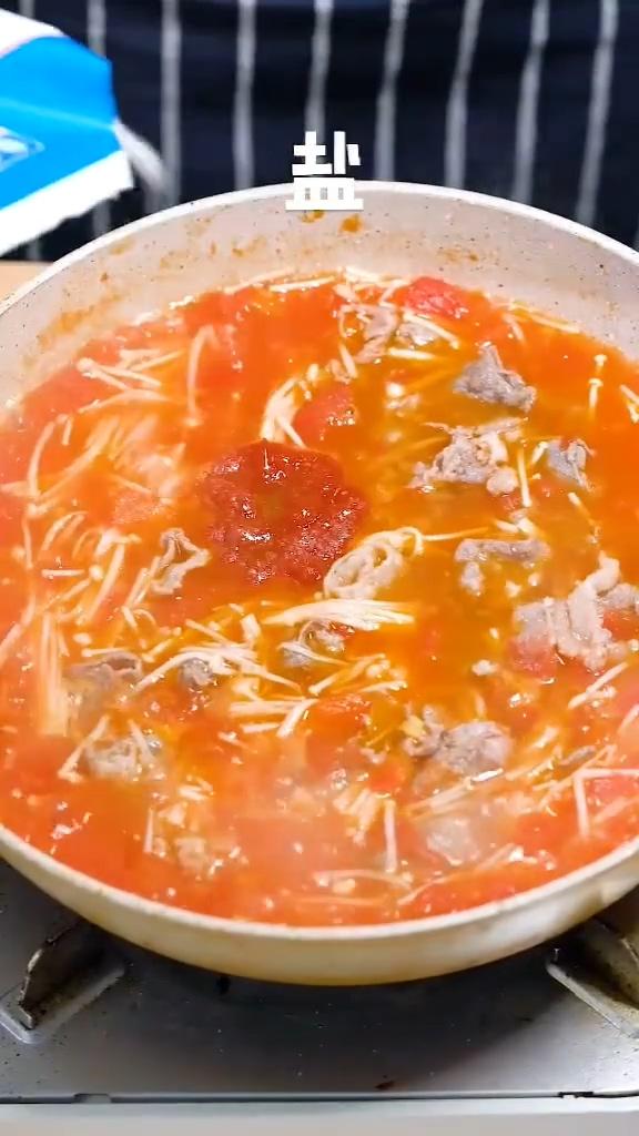 番茄肥牛金针菇的简单做法