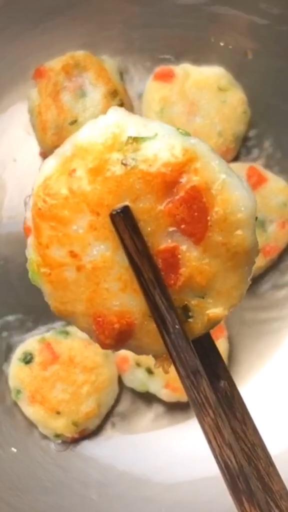香煎小藕饼成品图