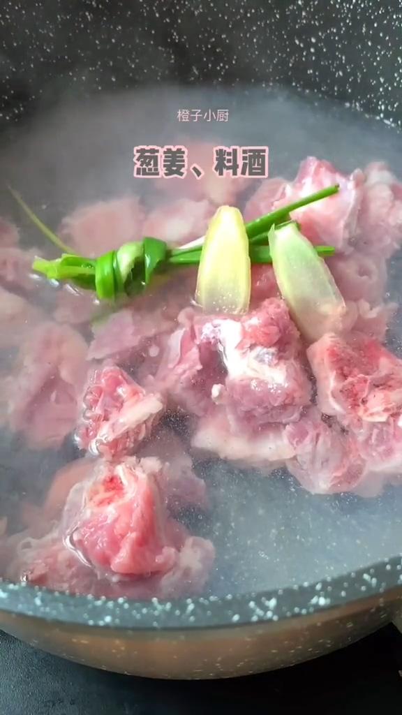 排骨炖土豆的做法大全
