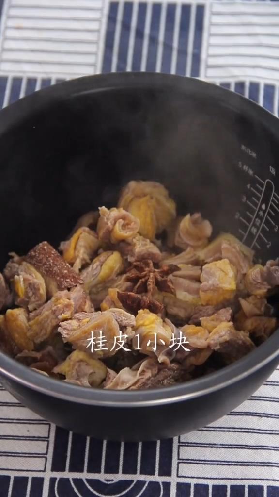 土豆炖牛腩的家常做法