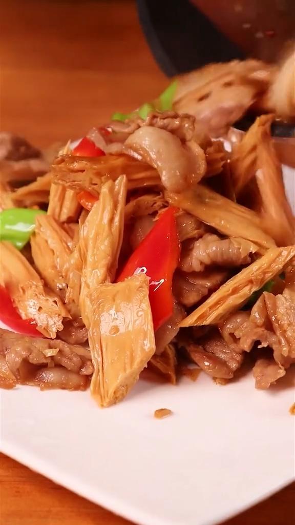 腐竹炒肉怎么吃