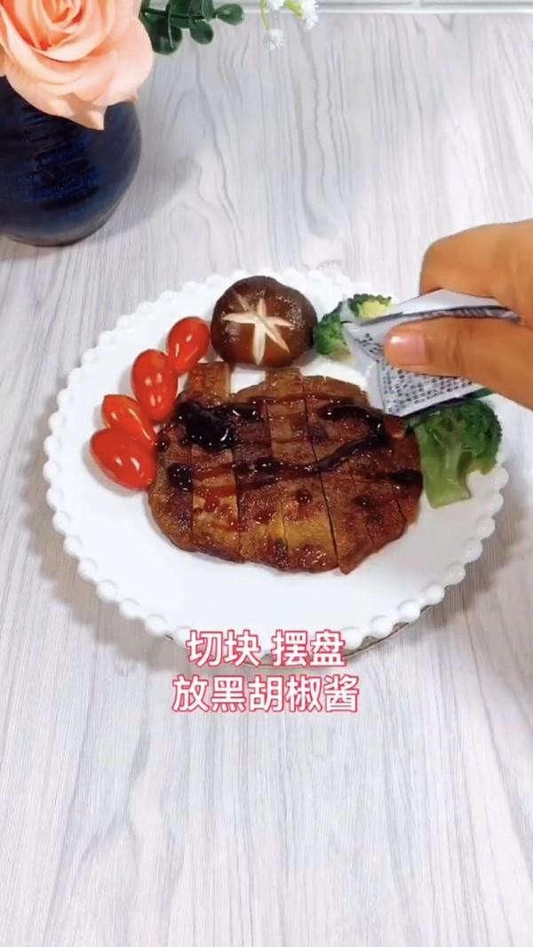 煎牛排怎么吃