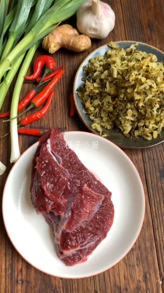酸菜炒牛肉的做法大全