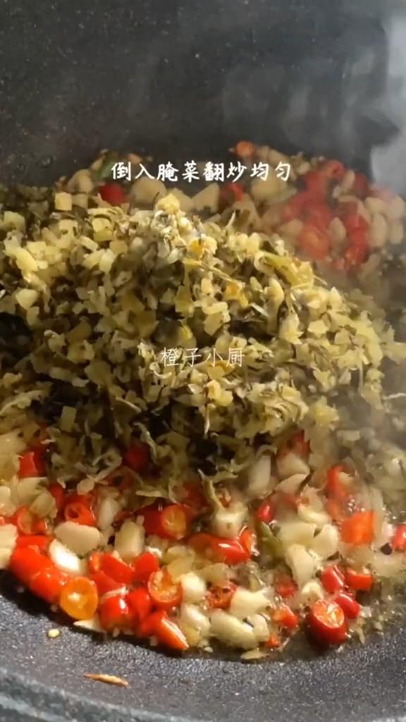 酸菜炒牛肉的家常做法