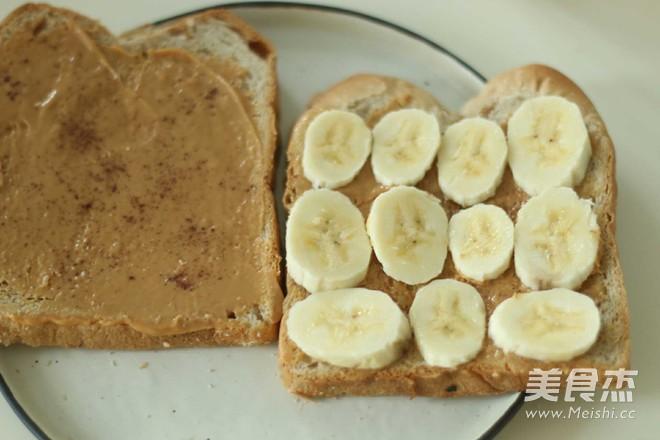 花生酱香蕉三明治的家常做法