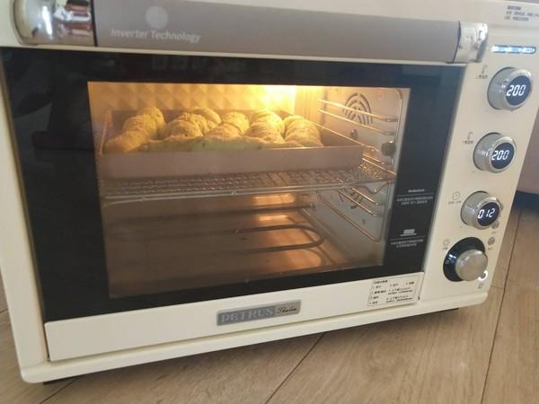 菠菜培根面包卷怎样做