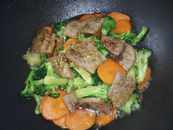 牛排杂烩怎么吃