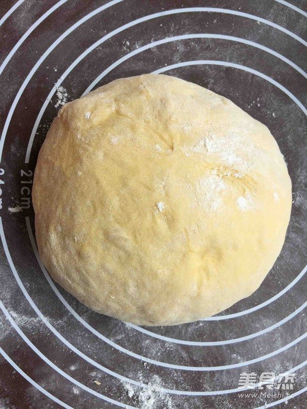 柔软可爱的超萌南瓜面包的简单做法