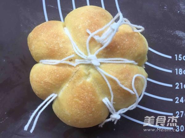 柔软可爱的超萌南瓜面包怎样煮
