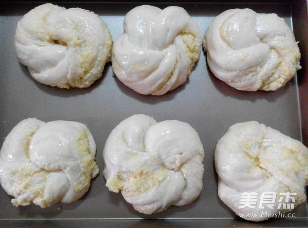 香酥椰蓉面包的做法大全