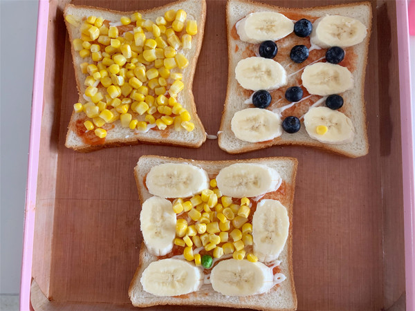 蓝莓香蕉吐司披萨的家常做法