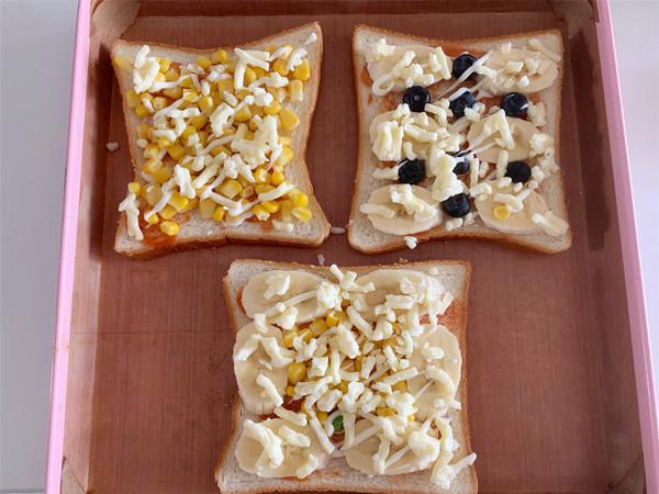 蓝莓香蕉吐司披萨的简单做法