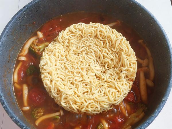番茄浓汤肥牛面怎么做