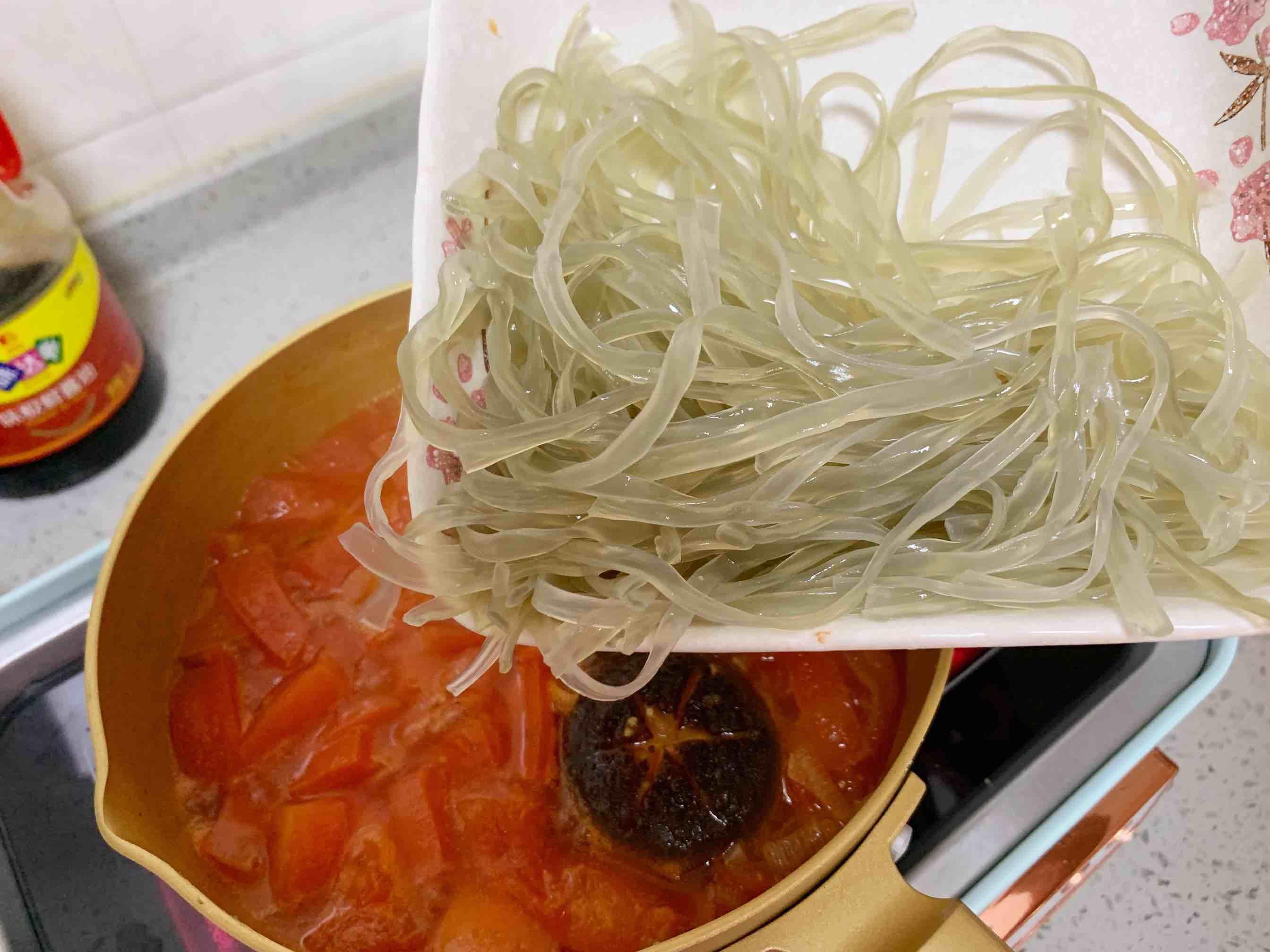 番茄酸汤龙利鱼的家常做法