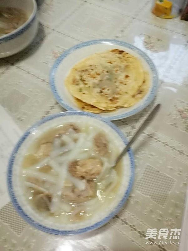 饺子皮版葱油饼成品图